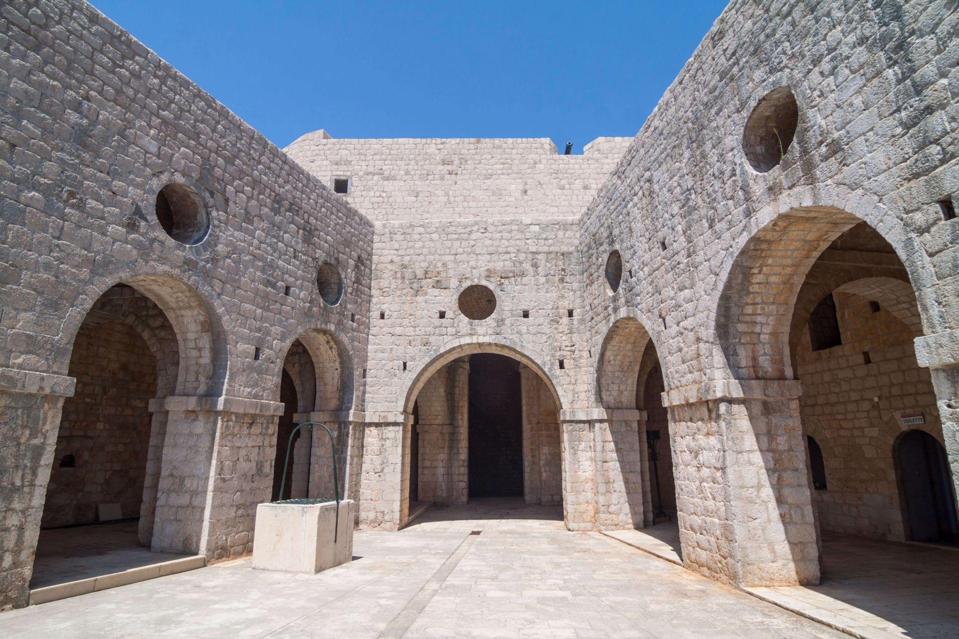 Game Of Thrones Walking Tour Dubrovnik King S Landing Filming